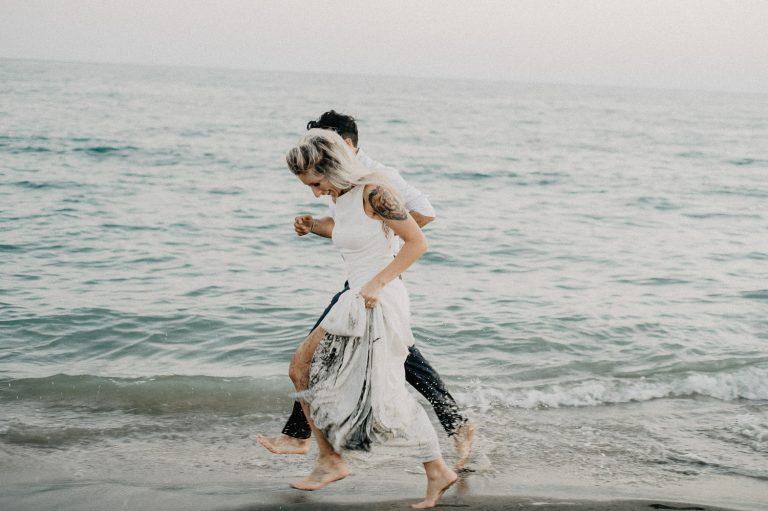 wedding photo shoot at sea