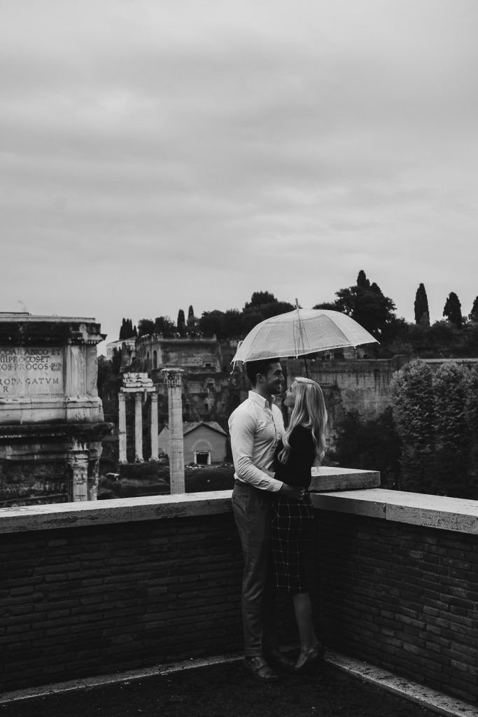 engagement of a couple to the imperial forums in Rome