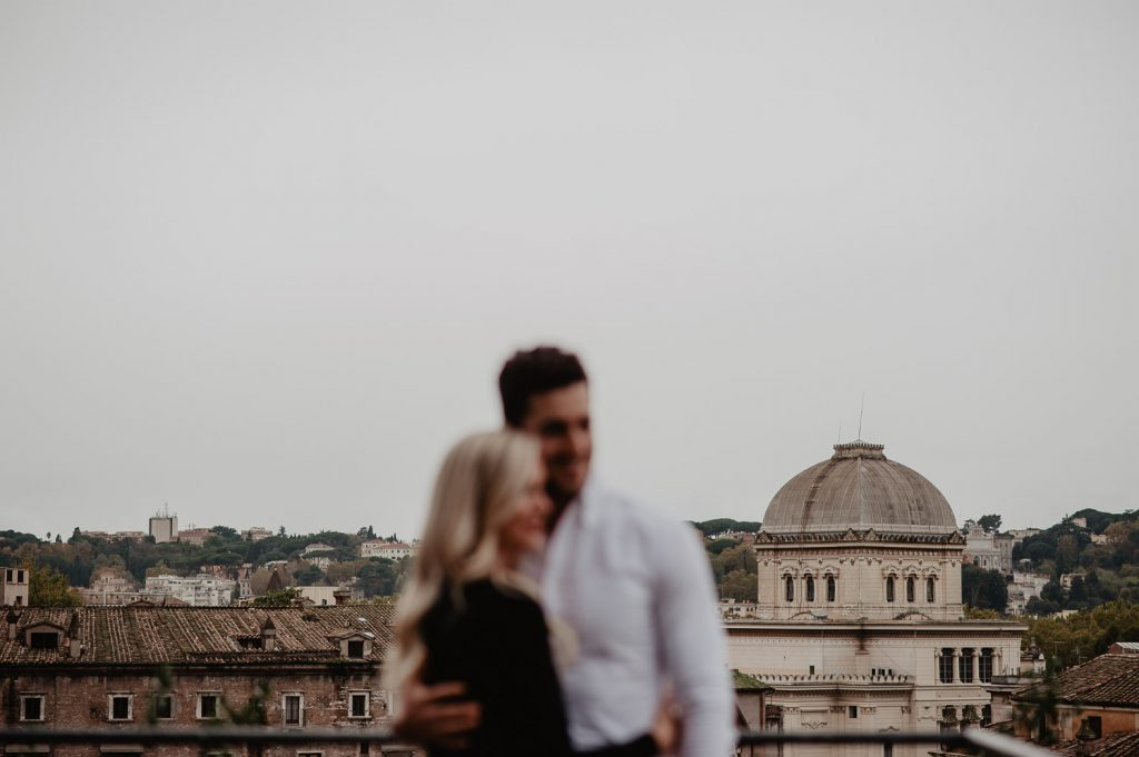 couple photo with Rome background