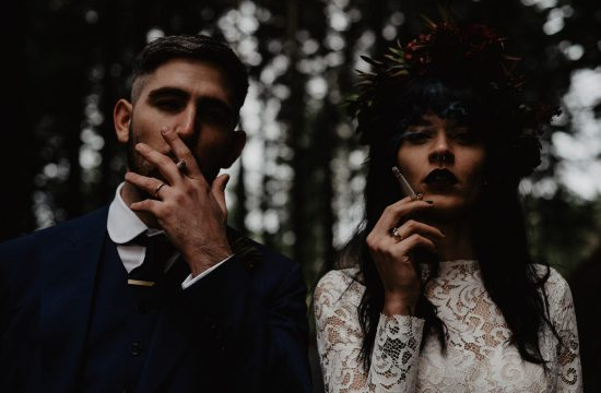 wood elopement photographer Italy