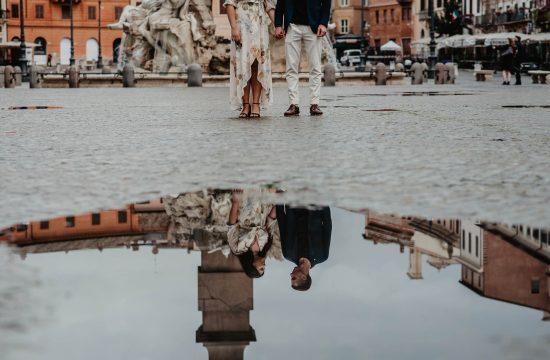 foto coppia piazza navona